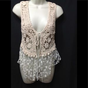 Women's size Small DAYTRIP crochet and lace vest